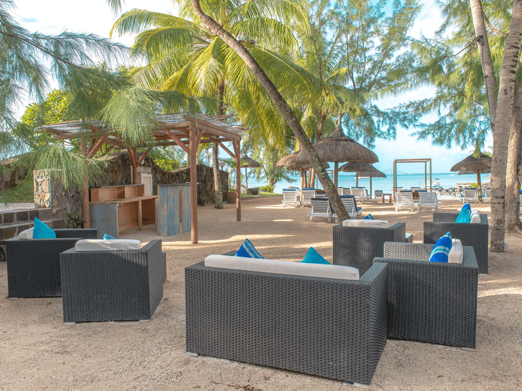 Seaview_Beach_lounge